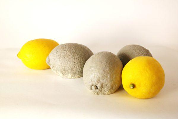 citroner gul o grå 1 600x400 - Citron, 8-9cm, Betong